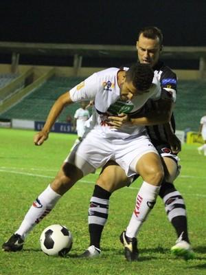 River-PI x Botafogo-PB, Copa do Nordeste (Foto: Renan Morais)