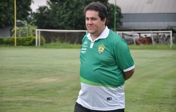 Marchiori promete mudanças no time e pede mais posse de bola ao grupo