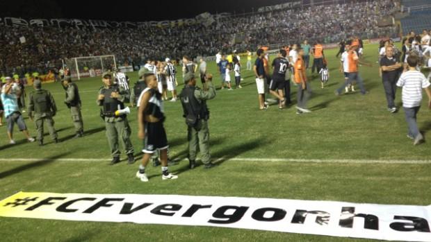 Campo do PV após empate de Ceará e Fortaleza com protesto alvinegro (Foto: Emerson Damasceno/Arquivo Pessoal)