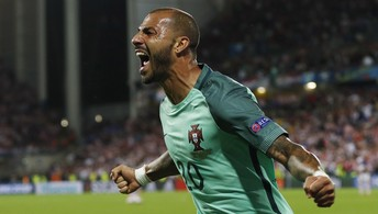 O gol de Portugal 1 x0 Croácia (Lee Smith / Reuters)
