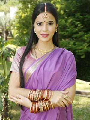 Na novela Caminho das Índias, em 2009, atriz interpretou a personagem Rani (Foto: Divulgação/TV Globo)