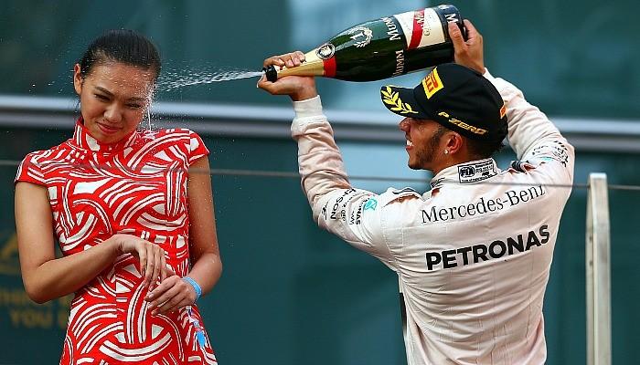 Lewis Hamilton champanhe chinesa