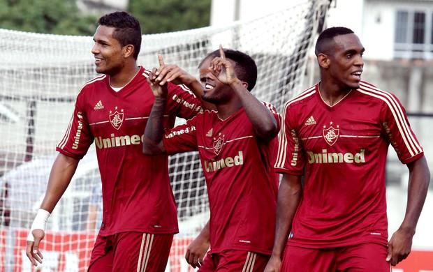 Rhayner gol Fluminense Bangu (Foto: Ricardo Ayres / Photocamera)