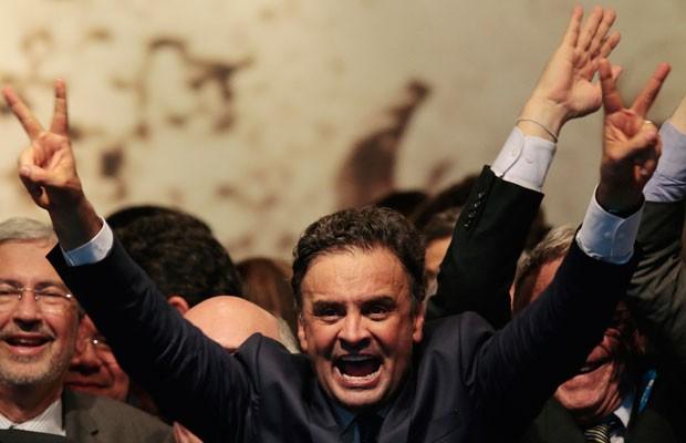 Aécio Neves em encontro com governadores e parlamentares eleitos em Brasília (Foto: Ueslei Marcelino / Reuters)