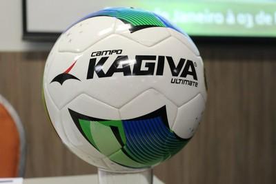 Bola Kagiva para a temporada 2015 do Campeonato Sul-Mato-Grossense (Foto  760aa8c2601b4