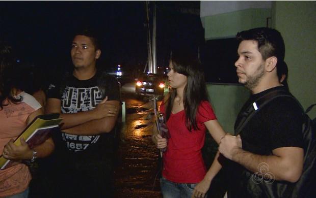 BR-210 é ponto de assaltos, o que tem gerado medo e revolta (Foto: Reprodução: Amapá TV)