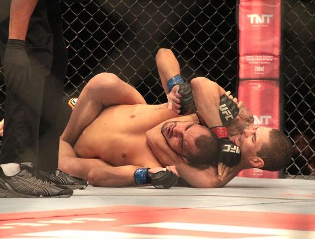 Lucas Mineiro e Junior Hernandez UFC BH (Foto: Rodrigo Malinverni)