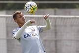 Marciel volta ao Corinthians, perde peso e vira titular em duas semanas