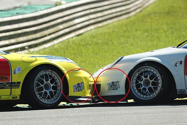 No detalhe dos carros de Billi e Peres, homenagem a Felipe Massa (Foto: Luca Bassani/PorscheCup)