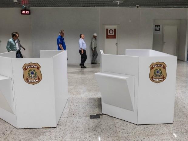 Governador vistoria obras do setor de desembarque internacional do Aeroporto Marechal Rondon, em Várzea Grande (Foto: José Medeiros / Gcom-MT)