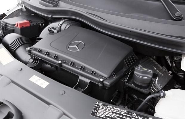 Motor M274 é basicamente o mesmo do Mercedes-Benz Classe C200 (Foto: Divulgação)