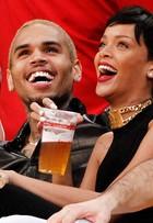 Conheça o anel 'falange', aposta de famosas como Rihanna, Gisele Bündchen, Kristen Stewart e mais