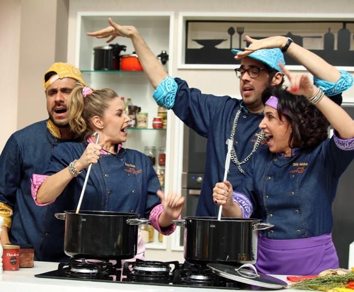 Participantes do Super Chef se divertem durante gravação de paródia  (Foto: Carolina Morgado/Gshow)