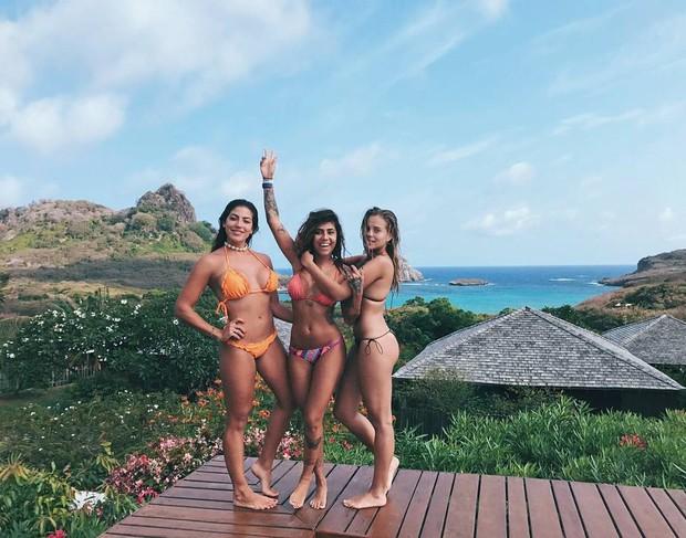Gabi Lopes com as amigas em Noronha (Foto: Reprodução/Instagram)