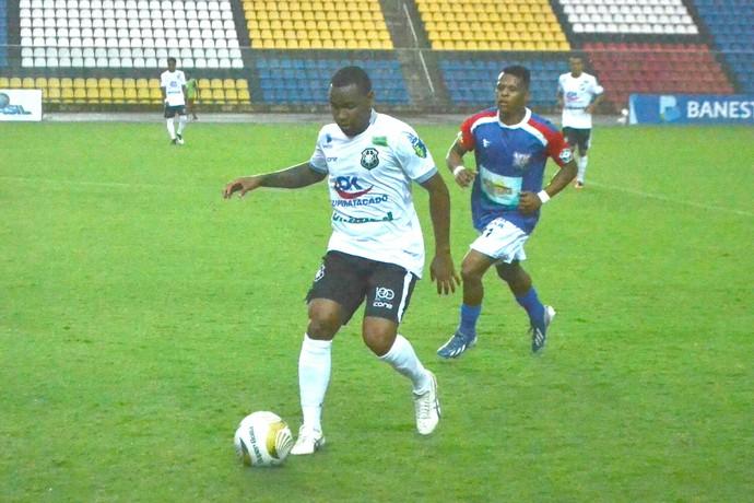 Rio Branco-ES x Tocantins (Foto: Sideny Novo/globoesporte.com)
