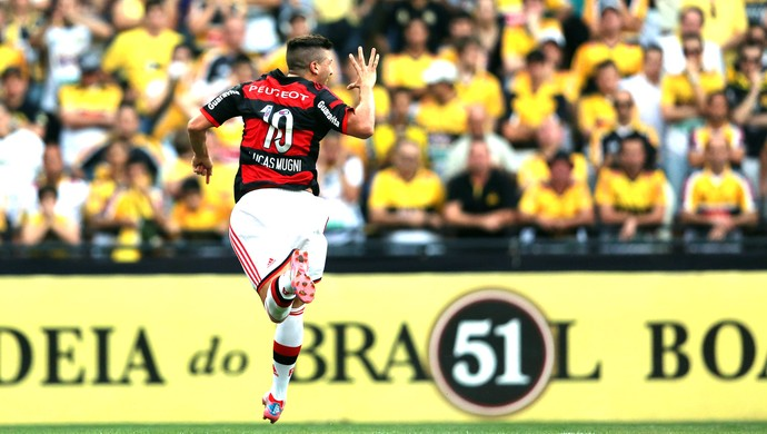 Lucas Mugni gol Criciúma x Flamengo (Foto: Getty Images)