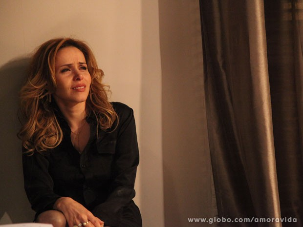 Glauce confessa que deixou Luana morrer (Foto: Carol Caminha/TV Globo)