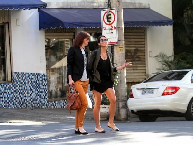 Júlia Lemmertz e Bruna Marquezine (Foto: Wallace Barbosa / AgNews)