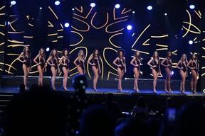 As 12 finalistas do Miss São Paulo (Foto: Renata D'Almeida / EGO)