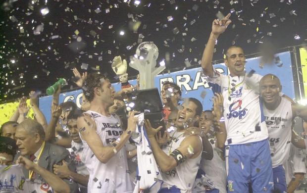 Sandro Gaúcho (à direita) título da Copa do Brasil (Foto: Arquivo/Globoesporte.com)