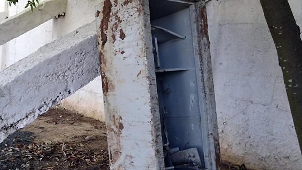 Cofre do Catanduvense é encontrado pela polícia (Foto: Fernando Veteri/Catanduvense)