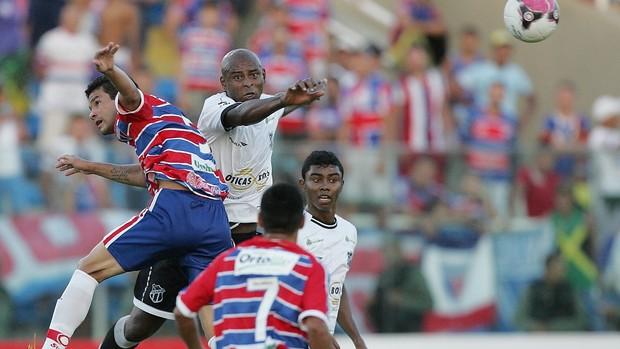 Fortaleza x Ceará pelo Campeonato Cearense de 2012 (Foto: Kid Júnior/Agência Diário)