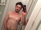 James Franco posta 'selfie' polêmica em que aparece de cueca
