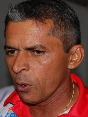 Marcos Nascimento, técnico do Esporte de Patos (Foto: Silas Batista / Globoesporte.com/pb)