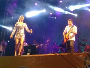 Banda XCalypso faz primeiro show ao vivo em Ananindeua (Foto: G1 PA)