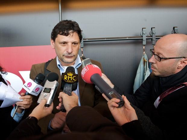 Paulo Pavesi em coletiva de imprensa sobre o documentário H.O.T. (Foto: Arquivo Pessoal)