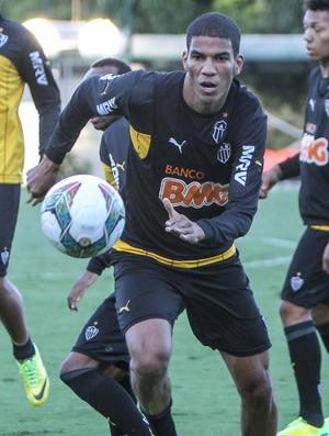 Leonardo Silva treino Altético-MG (Foto: Bruno Cantini/Divulgação CAM)