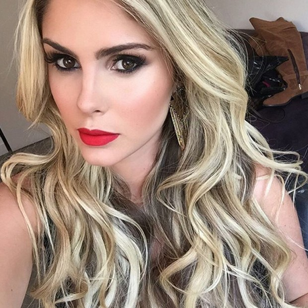 cfe90dbdb79dc Barbara Evans  bela! (Foto  Instagram Reprodução)