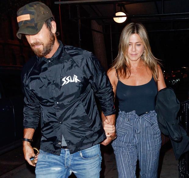 Jennifer Aniston e Justin Theroux  (Foto: Grosby Group)