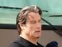 John Travolta vai ter relacionamento gay revelado em livro, diz jornal