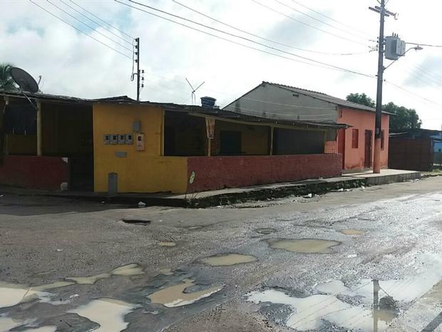 Crime ocorreu em bar no bairro Cidade de Deus (Foto: Suelen Gonçalves/G1 AM)