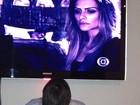 Mari Alexandre posta foto do filho vendo a irmã Cleo Pires na TV