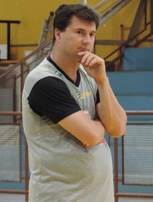 Flávio Prado, técnico do Venceslau (Foto: João Paulo Tilio / GloboEsporte.com)