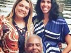 Bela Gil diz que está tudo bem com o pai, Gilberto Gil: 'Talvez ele saia na 4ª'