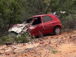 Acidente deixou seis vítimas, na manhã de sábado (17) (Foto: Blogbraga)