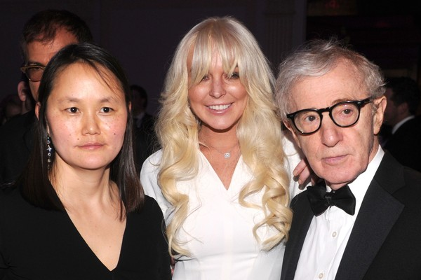 Lindsay Lohan, Woody Allen e Soon-Yi, esposa do cineasta (Foto: Getty Images)