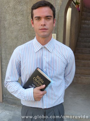 Recatado ele vai dar vida ao missionário Elias (Foto: Jacson Voguel/Tv Globo)
