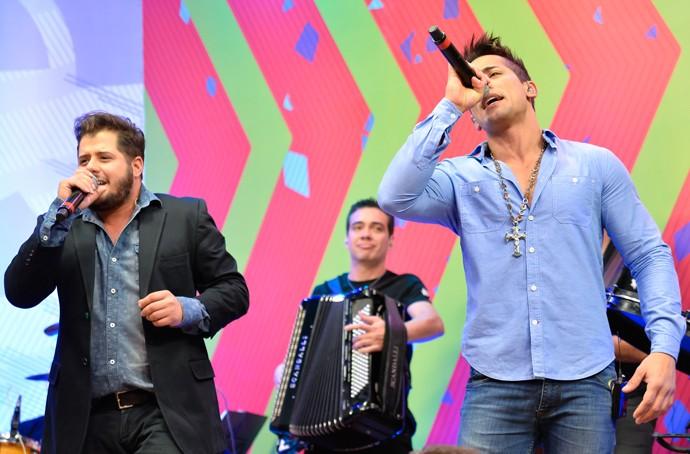 Hugo e Tiago Estúdio C (Foto: Priscilla Fiedler/RPC)