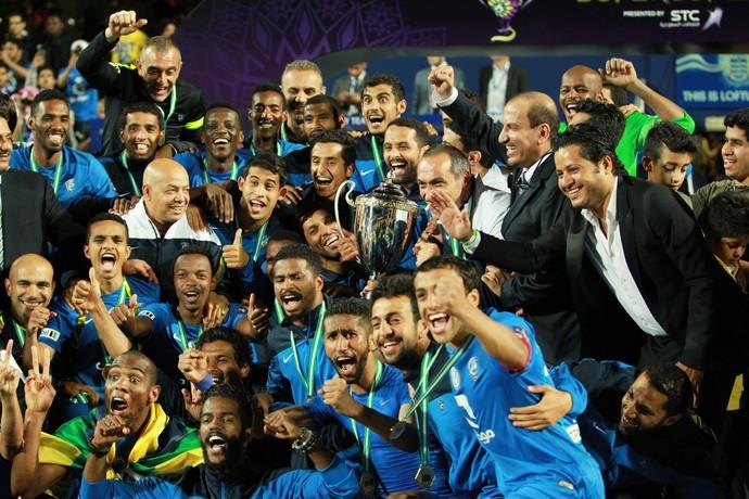 Al Hilal comemora Supercopa da Arábia Saudita (Foto: EFE/SEAN DEMPSEY)