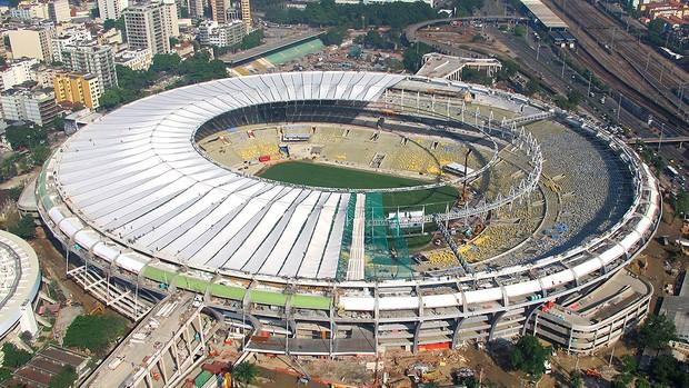 obras cobertura Maracanã Copa 2014 (Foto: Genílson Araújo / Agência O Globo)