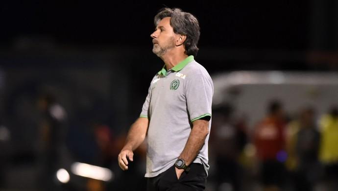 caio junior chapecoense (Foto: André Durão / GloboEsporte.com)