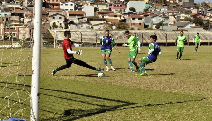 Wagner atacante Caldense (Foto: Lúcia Ribeiro)
