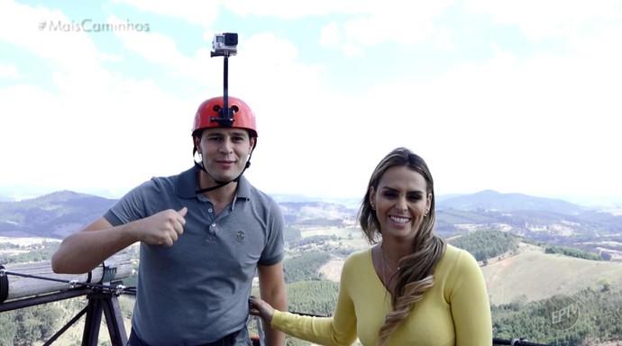 Pedro Leonardo e Aline Lima foram a Pedra bela (SP), e lá conheceram uma das maiores tirolesas do Brasil (Foto: reprodução EPTV)