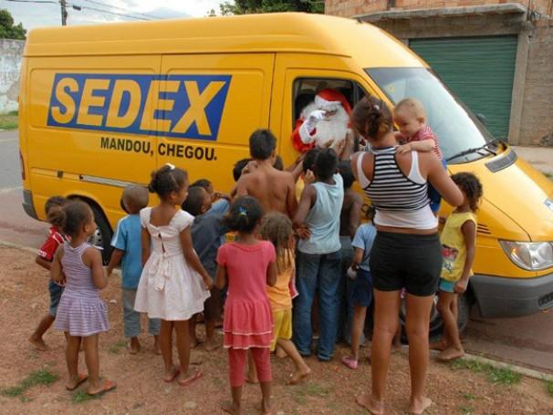 Ação da campanha Papai Noel dos Correios em Goiás (Foto: Divulgação)