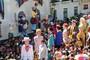 VÍDEO: Câmera em boneco gigante registra folia (Katherine Coutinho / G1)