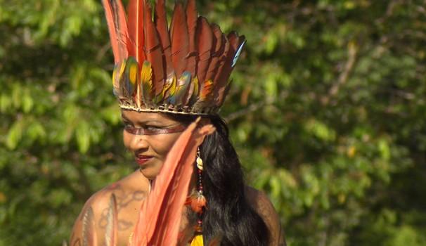 Aldeia de índio Nukinis recebeu a visita da equipe do programa Terra da Gente (Foto: Reprodução / EPTV)